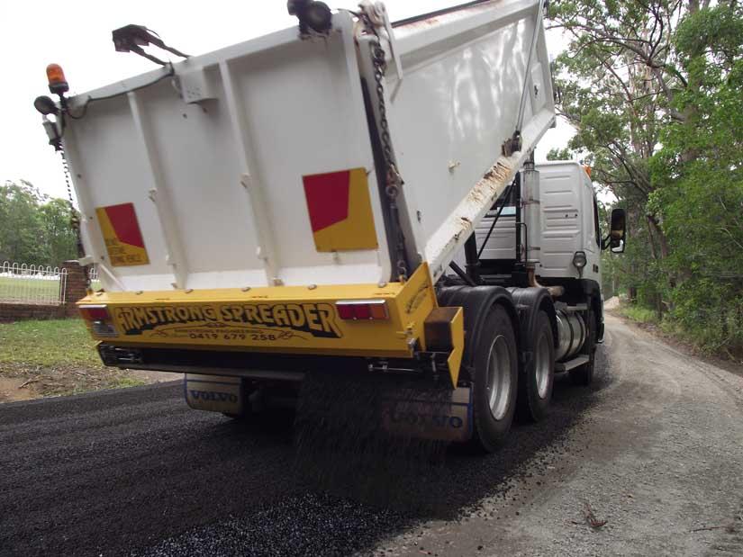 Driveway bitumen spreading